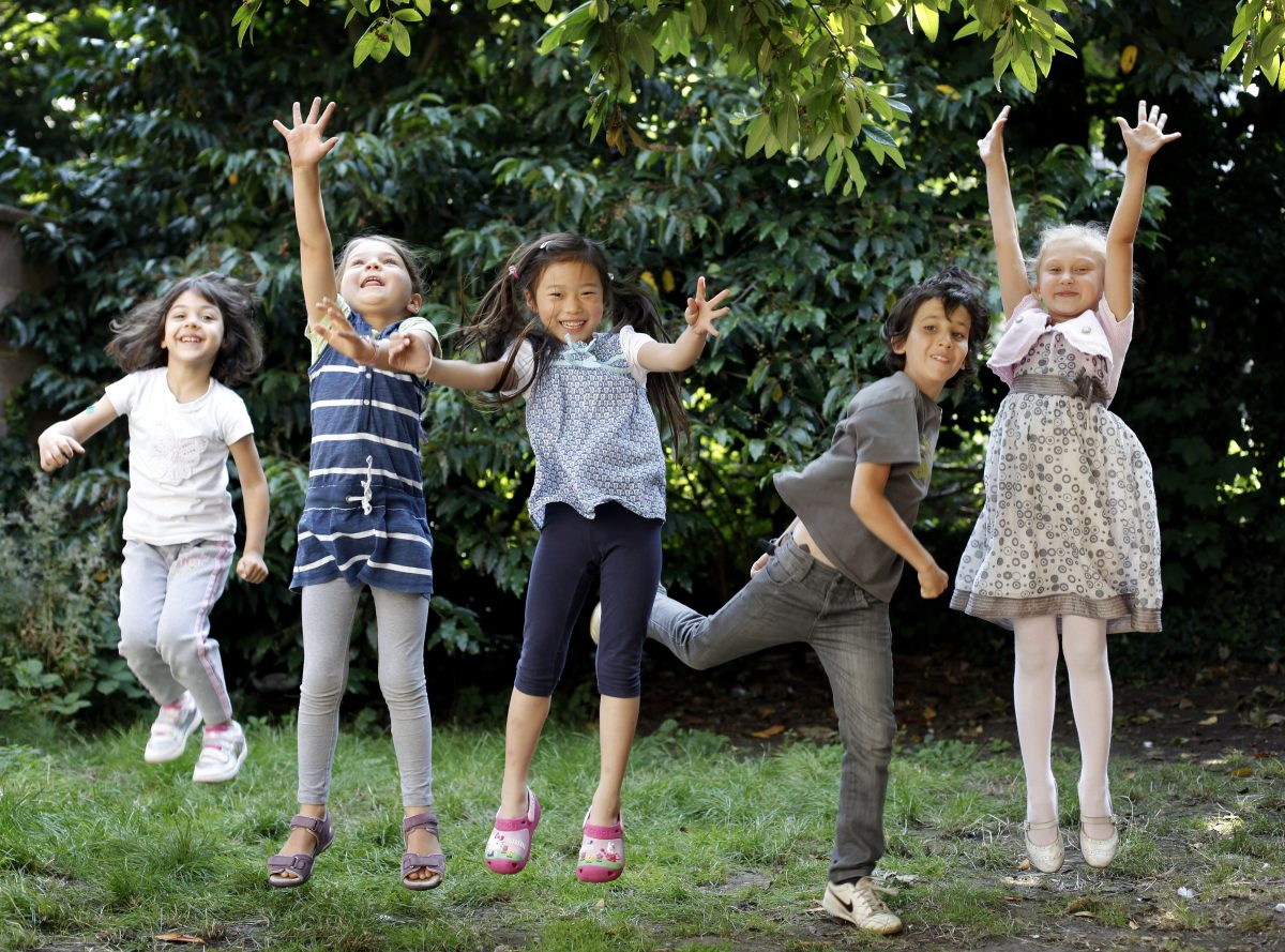 "=""Summer camps for kids and teenagers in the UK, education consultants - UK Study Centre"""